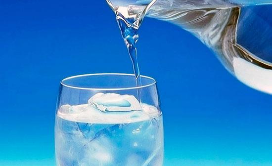 voda-v-stakane