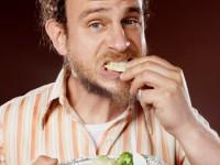 Диета при мужском простатите: какие продукты нельзя употреблять?