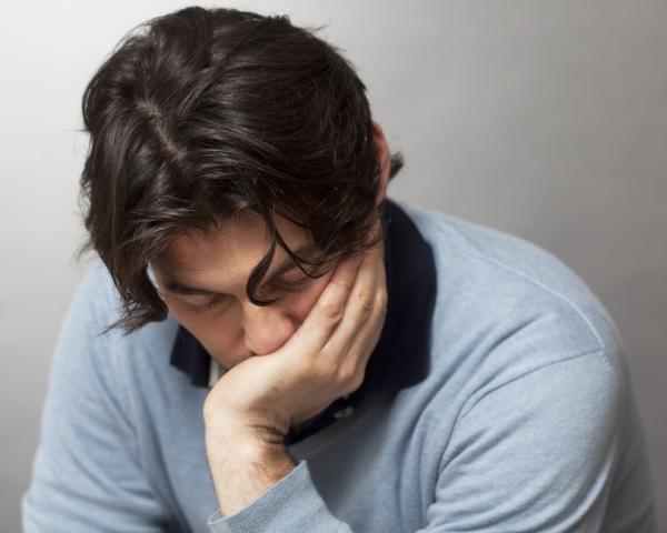 мужчина болен простатитом